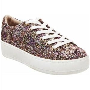 Adorable glitter sneakers!